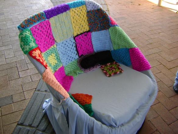 06 Yarning Chair 21-6-14