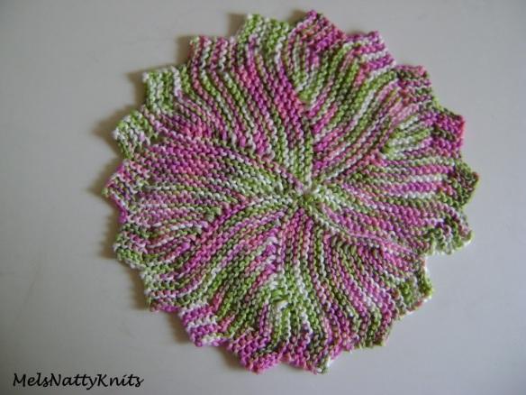 Round Pink Bamboozle 01