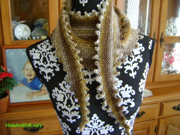 Melissa Scarf Old Gold 01